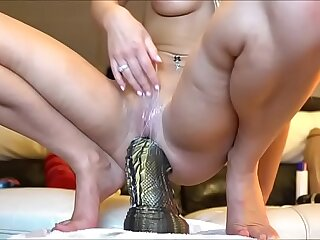 Girls4cock.com *** Teen does unbelievable Things with her asshole