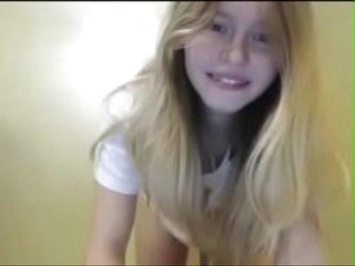 Cute Girl on Webcam 18 Years Old numberoneporn.com