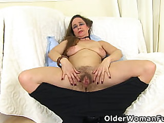 British gilf Josie slides out of a shiny catsuit and starts pleasuring her hairy pussy (now available in Full HD 1080P). Bonus video: English mature Janey.